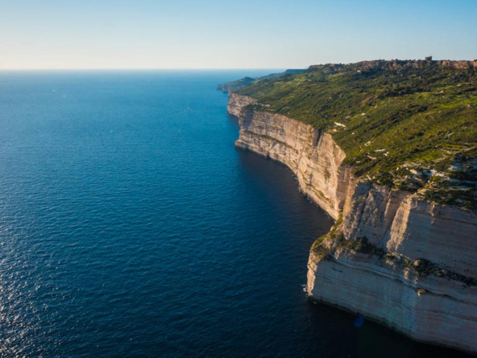 Dingli Cliff